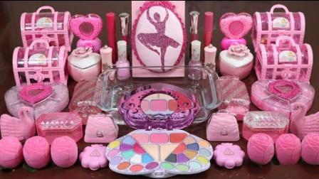 把粉色亮片、口红、指甲油随机混合透泰,无硼砂,美美哒