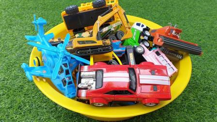 汽车趣味识玩具盒子,挖掘机飞机推土机压路机警车!