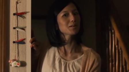 日本短剧《AKB恐怖夜》,一家三口搬进新房子,先后被邻居做成人偶