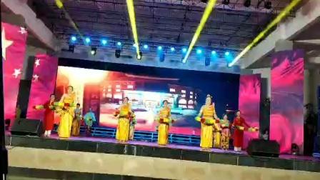 舞蹈:共圆中国梦(兴隆新马泰文艺队)