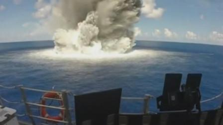 美军独立级濒海战斗舰测试抗爆炸性能,在周边引爆水雷