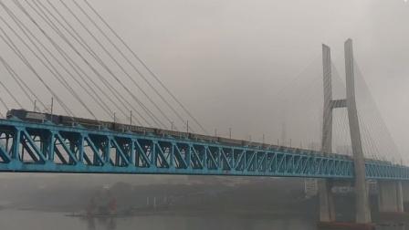 2020年春节记录江津白沙沱长江大桥拍车集锦
