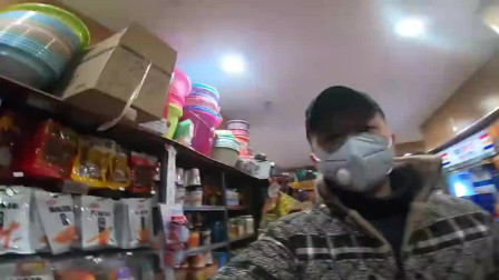 """武汉""""封城""""的第三天:还可以跟以前一样 去超市购物吗?"""