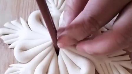 面食新做法,筷子一夹变好看的花卷,别说我没教你!