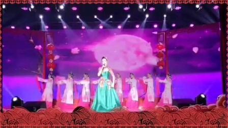 京歌《梨花颂》演唱:甘小丹 伴舞:葛洲坝中心医院门诊支部