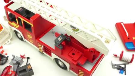 乐高消防车玩具,乐高消防车出警灭火行动。