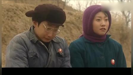 血色浪漫:郑桐家世单薄,失去了上大学的名额,用冲动掩饰颓废