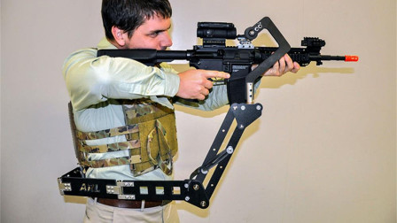 """减轻士兵负担,美国陆军研究""""第三只手"""",装腰上能单手开枪"""