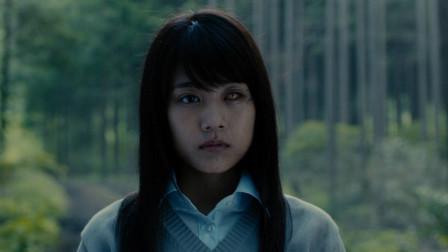 女孩感染了一种新型丧尸病毒,变成半人半丧尸,一部灾难丧尸电影