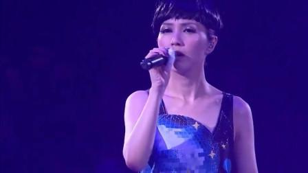 杨千嬅深情献唱《再见二丁目》,很有味道的一首歌,听着莫名想流泪!