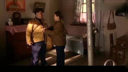 血色浪漫:胖小子受人挑唆,找单位胖婶的麻烦,哭声太魔性了