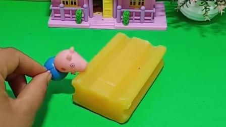 乔治把香皂的当做芒果雪糕,吃了几口,吃完肚子疼让妈妈送他去了趟医院