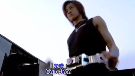 何润东变身假面骑士天帝VS奥菲以诺,打不过就溜真刺激!