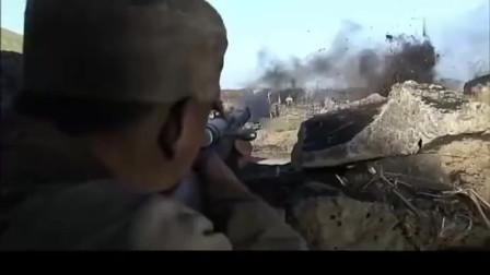 我的兄弟叫顺溜:我军太顽强了,只用小米加步枪击毙对面一中队