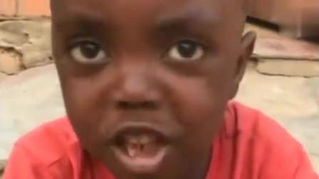 非洲小朋友吃完中国美食,还说了一句中国方言