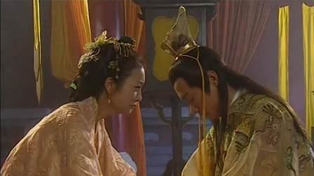 亡朝之际,皇上在拜别先皇朱元璋后焚宫殉,怎料大臣想到以妙招