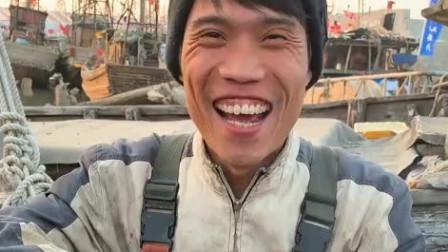 渔民大哥做海鲜真是太搞笑了!一锅小迷你八爪鱼,这回吃个够