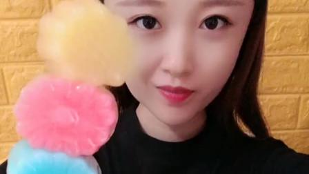 萌姐吃播:彩色布丁配奶油,香甜美味,你想吃吗