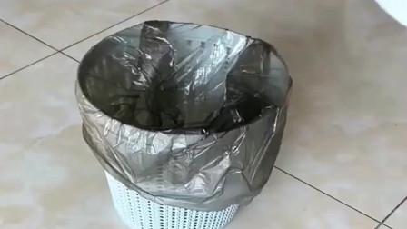 男友说他是富二代,晚上去他家看见垃圾桶我相信了,能拿回家就好了!