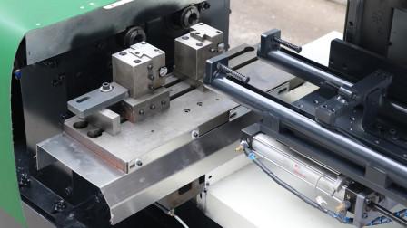 双主轴管料数控车床自动加工