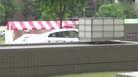 日本有史以来最高端的警车,日产GTR,警笛声让人发麻