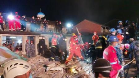 浙江龙港一民房爆燃后坍塌 2人死亡8人获救