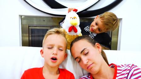 萌娃小可爱给妈妈和哥哥表演弹琴,听着听着,他们就睡着了!—萌娃:你们的表现让我很失望!