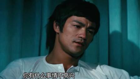 唐山大兄:女子告知李小龙工厂,不料转眼竟被害