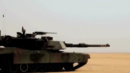 美军M1主战坦克在海湾战争的沙漠战场上驰骋,贫铀穿甲弹瞬间打爆敌方坦克