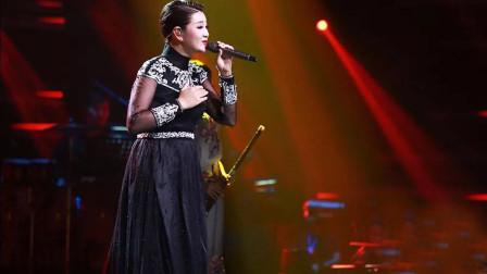 降央卓玛的嗓音太棒了,一开嗓令人着迷,真不愧是最美女中音啊!