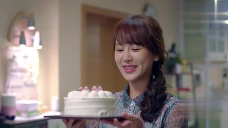 樊胜美喝得太多,关关又没回来,莹莹独享八寸大蛋糕