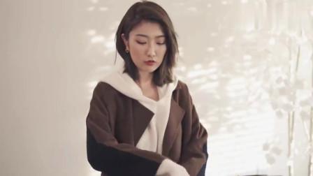 今流行一种穿法火了:羊毛大衣+精致女靴,80后女人都在穿,特美