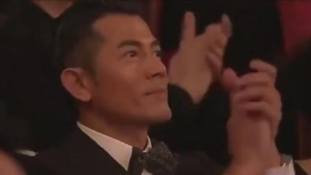 他十年后带这首歌复出,凭此曲拿下金马奖最佳原创,郭富城连连鼓掌