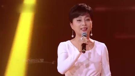 李玲玉演唱经典《粉红色的回忆》,独特歌声简直百听不厌