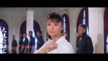 动作片:功夫美女冒充日本女杀手,卧底黑帮,大战几十个杀手,厉害