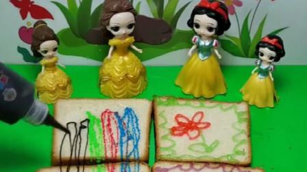 白雪贝儿做果酱面包了,贝儿居然把颜料当果酱,贝儿公主太可恶了!