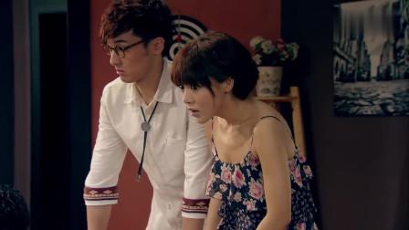 曾小贤跳到胡一菲身上的动作,真是太熟练了
