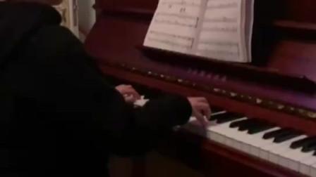 可爱的古典钢琴曲之《悲怆交响曲》,淼淼练习中