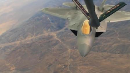 F22隐形战机空中加油展示超机动能力
