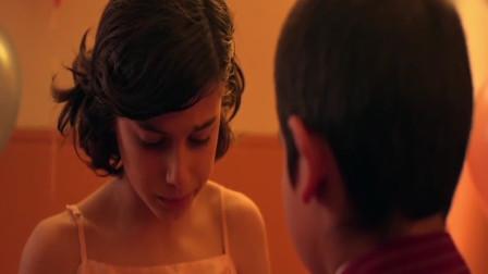 三分钟看完暖心治愈短片《有性无别》,男孩的外表,女孩的灵魂