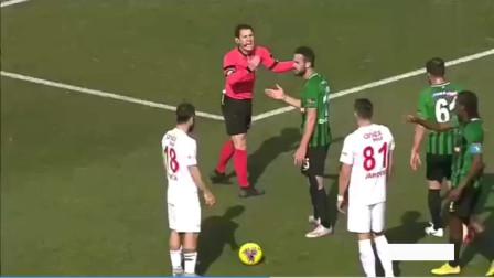 主动放弃禁区内任意球!土耳其联赛公平竞赛一幕 看看发生了什么