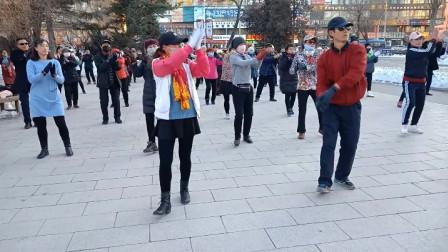 吉林延吉广场舞:哦嘿哟+爱我中华(拍摄于2019年)