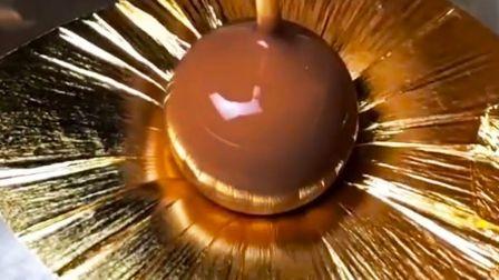 巧克力的制作过程,不仅看着馋嘴,居然还有如此赏心悦目的美感!