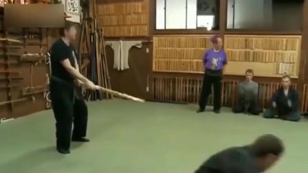 日本忍术中的第六感考试 要感受到杀意躲开攻击