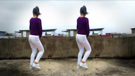 楼顶姑娘跳的这个舞太美啦《汽车发烧碟》动感步子40步舞