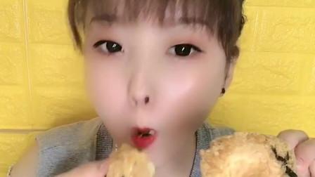 珊姐试吃:QQ糖,抹茶生巧,蛋糕,奶茶色香味俱全啊