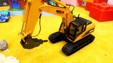 塔吊玩具,睡衣小英雄和挖掘机玩具
