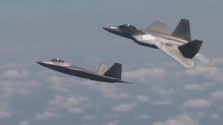 科幻感十足的F-22隐形战机展示超机动能力