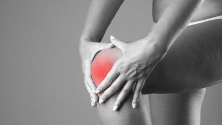 膝关节疼痛怎么办?教你3招,增加关节润滑度、缓解疼痛保护关节