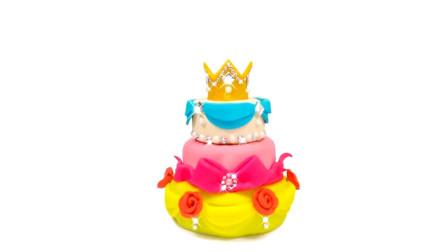 哇!好棒的小皇冠蛋糕,难道是给迪士尼公主准备的吗?